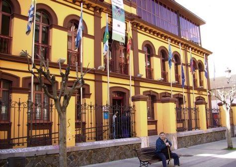 Casa de los Dorado Escuelas Sama de Langreo cultura