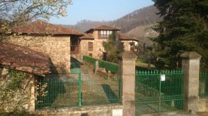 Casona de arriba o palacio de Villa en Riaño Langreo