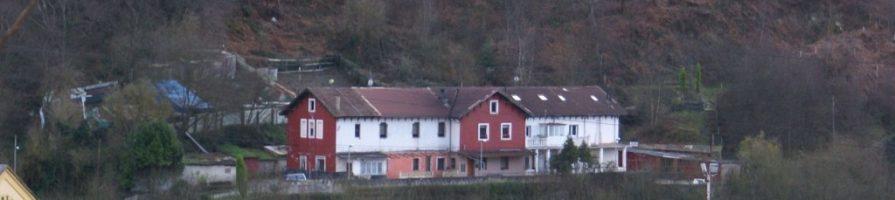 Cuarteles de El Molinucu del pozu Lláscares en Vega La Felguera Langreo