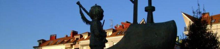 Escultura Madreñogiro parque de Pinín El Sutu La Felguera Langreo