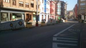 Medianeras plaza la Salve en Sama de Langreo