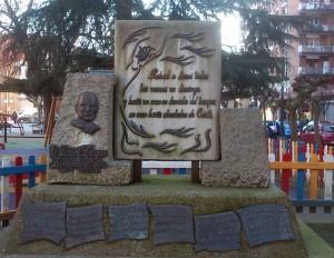 Monumento a Benjamín Mateo parque Dolores F. DUro de la Felguera Langreo