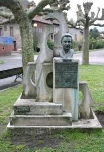 Monumento Rosario Felgueroso parque Ciaño Langreo