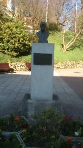 Monumento a Servando Sánchez Cabricano en Barros Langreo