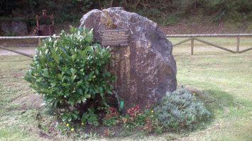 Monumento a las víctimas del franquismo en la cuesta Vindoria Ciaño Langreo