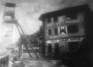 Exposición: Industria en blanco y negro @ Escuelas Dorado | Langreo | Principado de Asturias | España