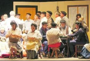 Grupo Teatro Refaxu Estampes Ayeri Güei Siempre en La Felguera Langreo