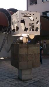Escultura Nuevo Ganzábal campo de fútbol La Felguera Langreo