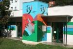 Pintura en la fachada de la escuela infantil 0-3 años de La Felguera
