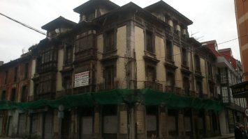 Edificio Calle Fernández Rebollos 1 de Sama de Langreo