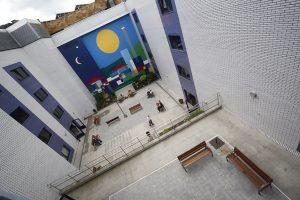 Pintura Mural en el patio interior de la residencia Nuestra Señora del Fresno La Felguera Langreo