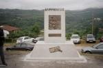 Monumento homenaje al maestro rural
