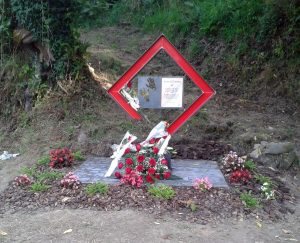 Monolito en memoria de Rosalía Zapico González