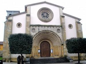 Iglesia de San Pedro de La Felguera Langreo
