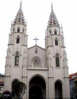 Iglesia de Santiago de Sama de Langreo